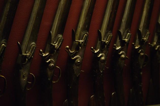 20091017_grandmaster_many_guns