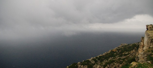 Low clouds at Dingli cliffs